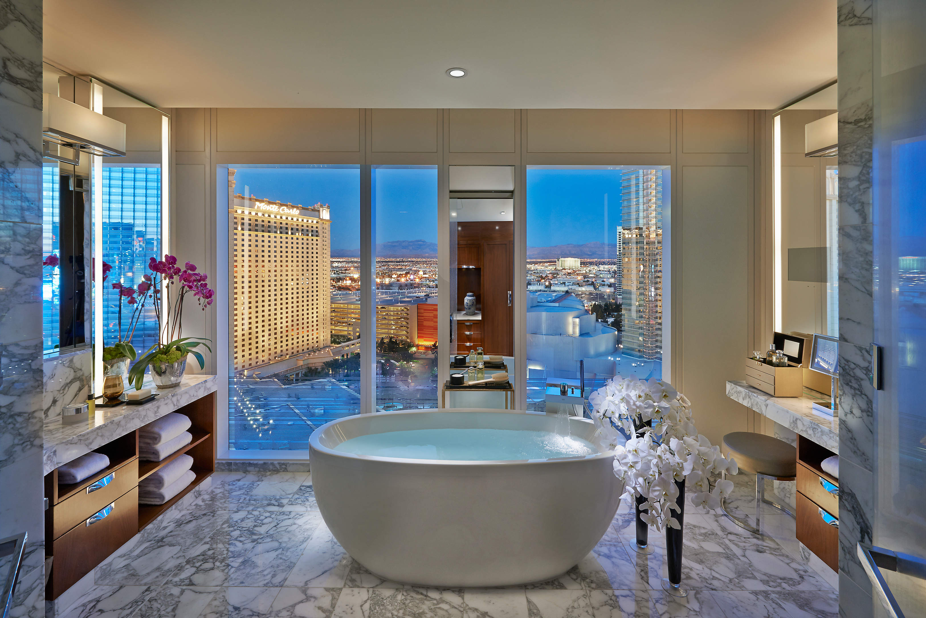 Las Vegas Top Hotel Suites | Las Vegas Hotels and more.